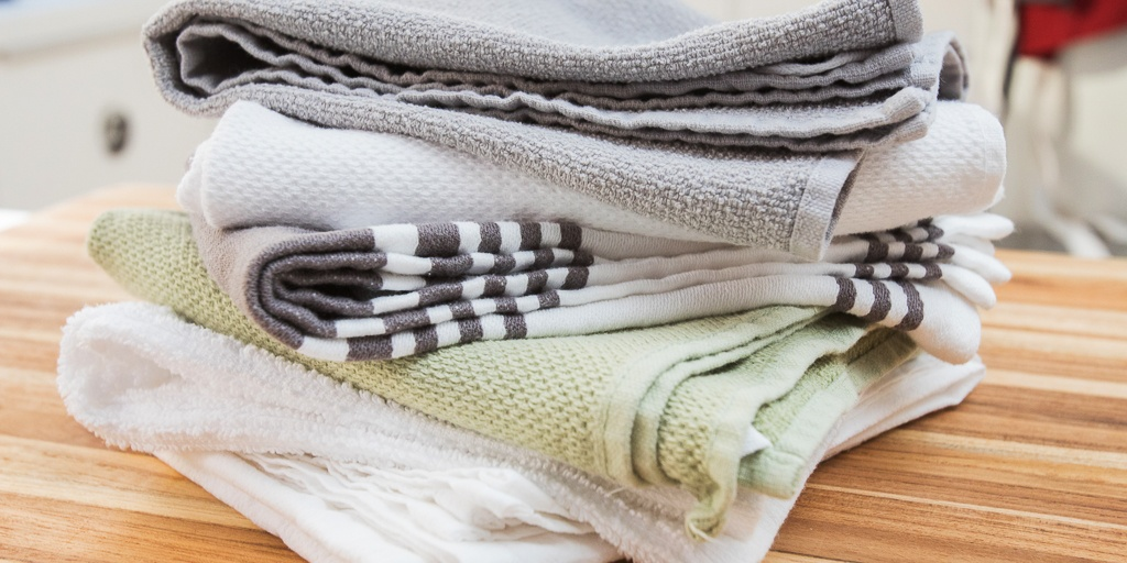 How To Remove That Stinky Mildew Smell From Towels